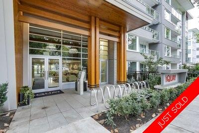 Lower Lonsdale Condo for sale:  Jr. 1 Bdrm 474 sq.ft. (Listed 2018-10-02)